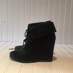 Mossimo Supply Suede Black Booties size 8
